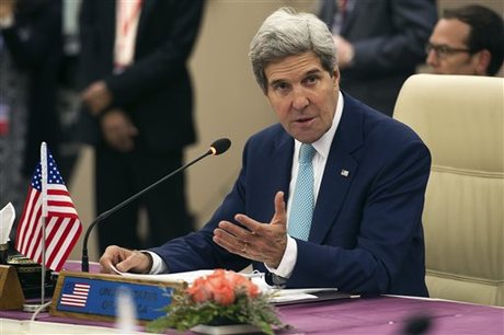 Kerry Wows Support for Myanmar as it Faces 'Challenges