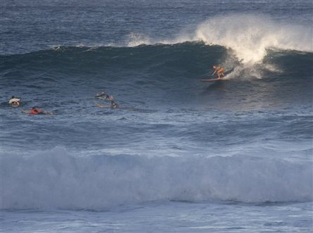 9a527c1524 But Wednesday s surf in Hawaii didn t stack up to his namesake competition s  big-wave standards