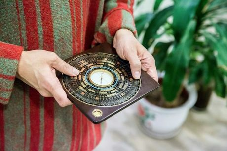 Feng Shui Masters Say Trump Secrets Could be Nosed Out in