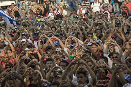 Maduro: Venezuela severs diplomatic ties with Colombia