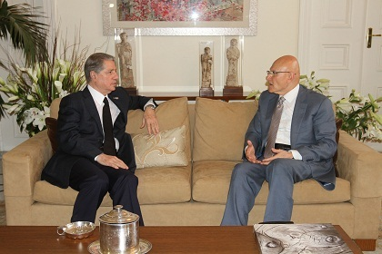 Gemayel Meets Salam: Interests of Political Powers Hinge on Salam's Success to Form Govt.
